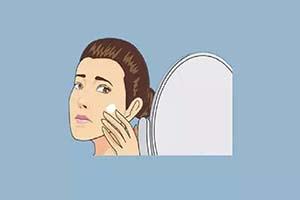 脸颊两侧长白斑是什么原因引起